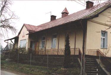 Budynek szkoły - fot. P. Pyrcz
